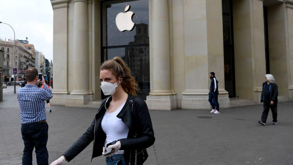 Apple Stores open safety measures face mask