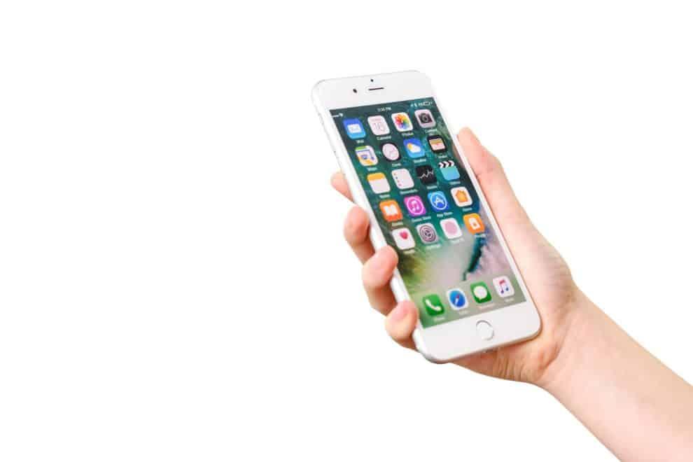 iOS 13.6 Facetime video call dubai