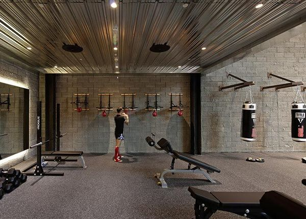 Top 10 Best Gyms In The World