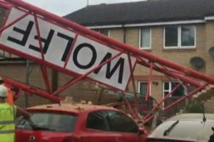 crane collapse bow london video