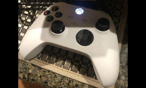 White Xbox Series X Controller