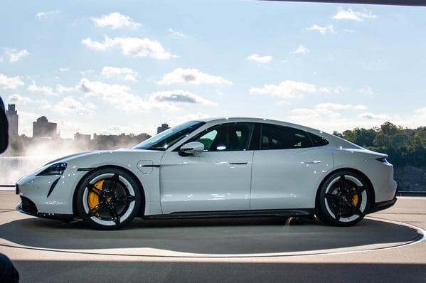 Top 10 Best Electric Cars: porsche-taycann 2020