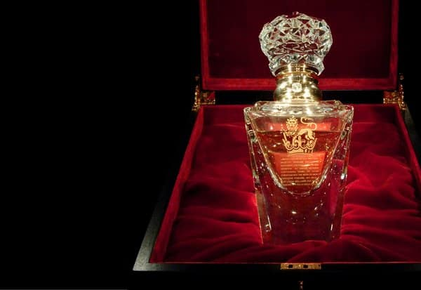 Top 10 Most Expensive Perfumes In The World 2020: No 1 Imperial Majesty