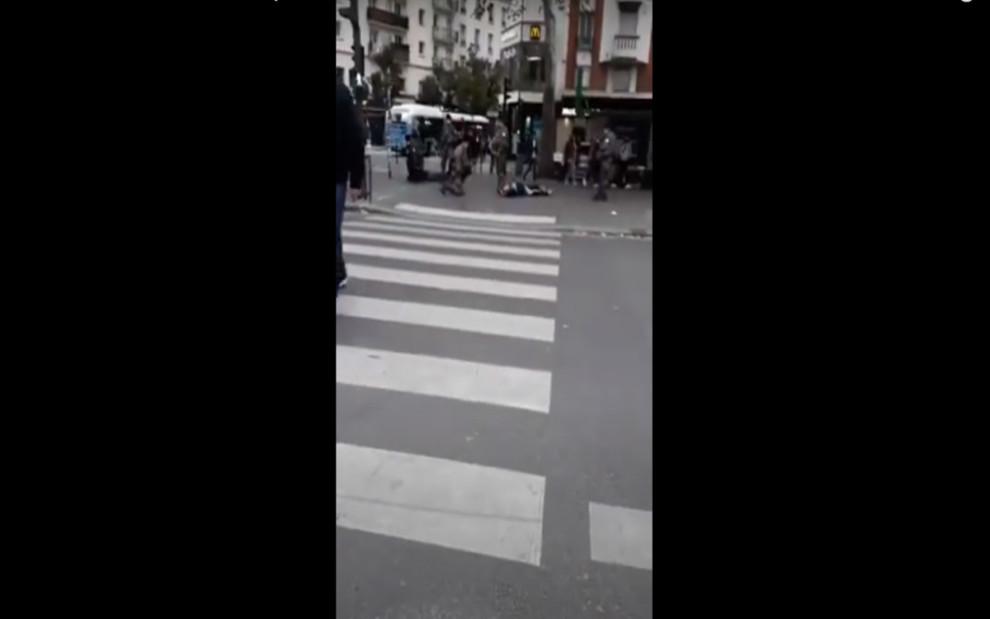 Man behaded paris police dead