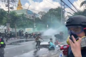 What is happening in thailand Thailand protests Water cannon and tear gas
