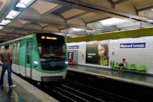 paris metro line 7 stabbing france knife attack