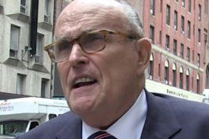 FBI Giuliani apartment raid
