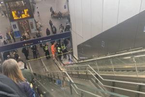 london bridge evacuated station suspicious package