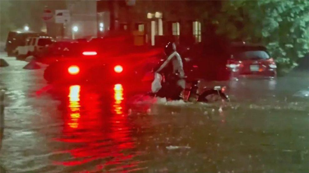 new york city flooding videos floods