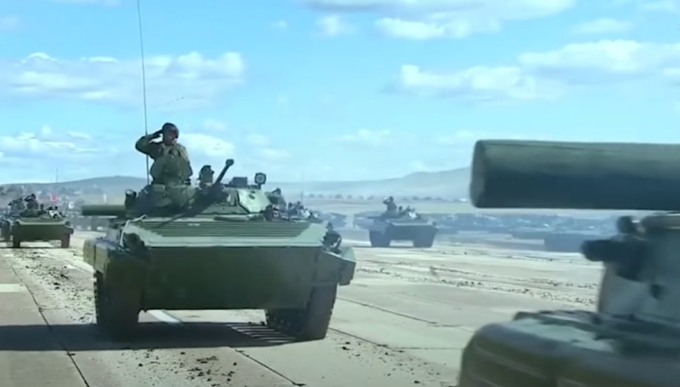 chinese military tank indian border
